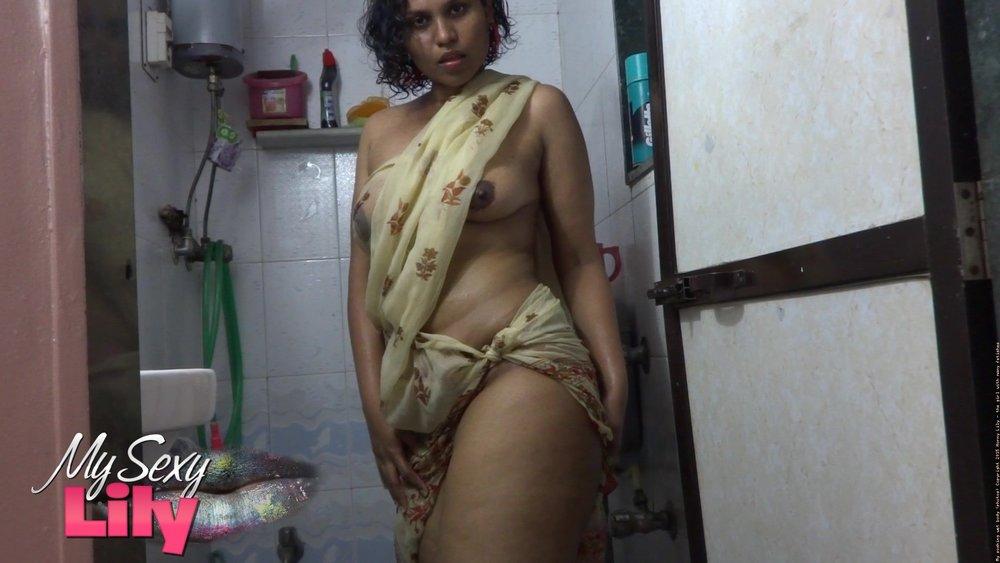 Young Indian girl nude - Indian sex photos