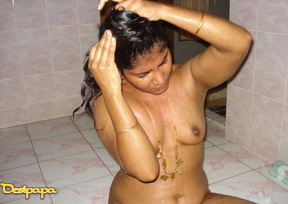 Big indian boobs - busty indian aunty