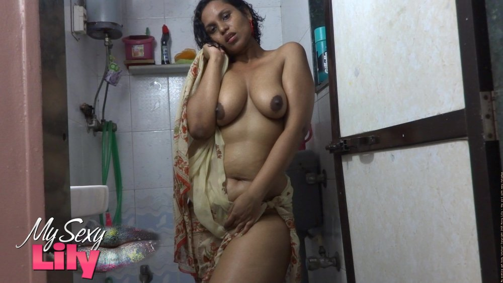 Young Indian girl nude - Indian sex photos