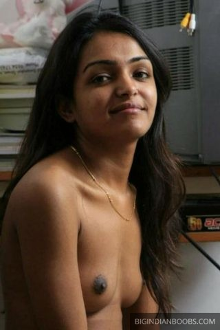 Indian Girls and Aunties Naked pics