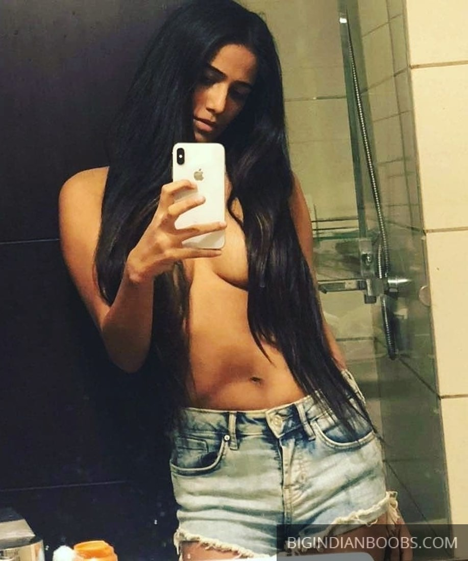 Poonam Pandey Nude Pics Leaked
