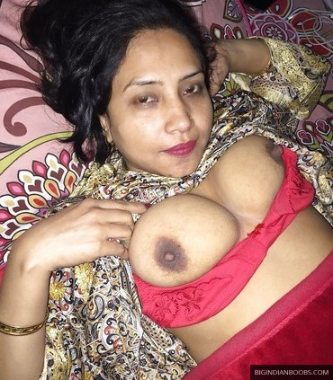big indian boobs