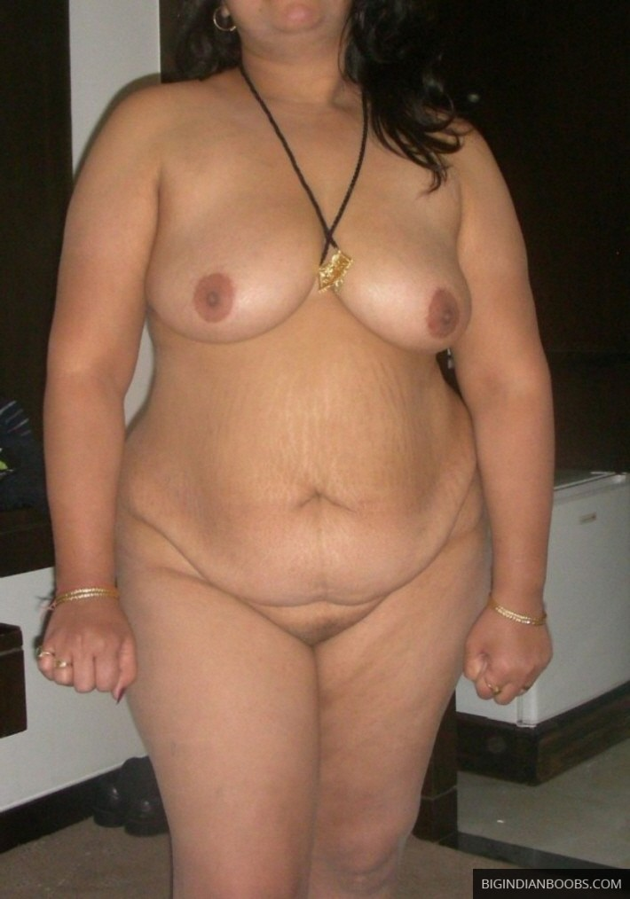 chubby shaved indian pussy