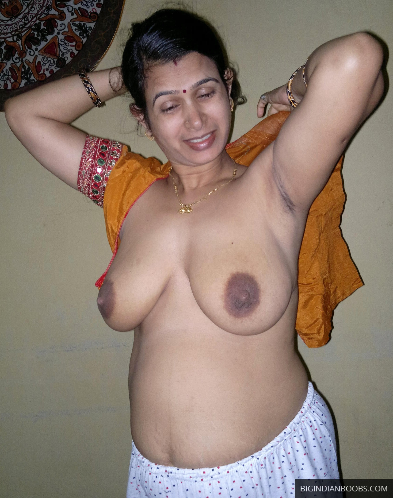 desi indian wife big boobs homemade porn