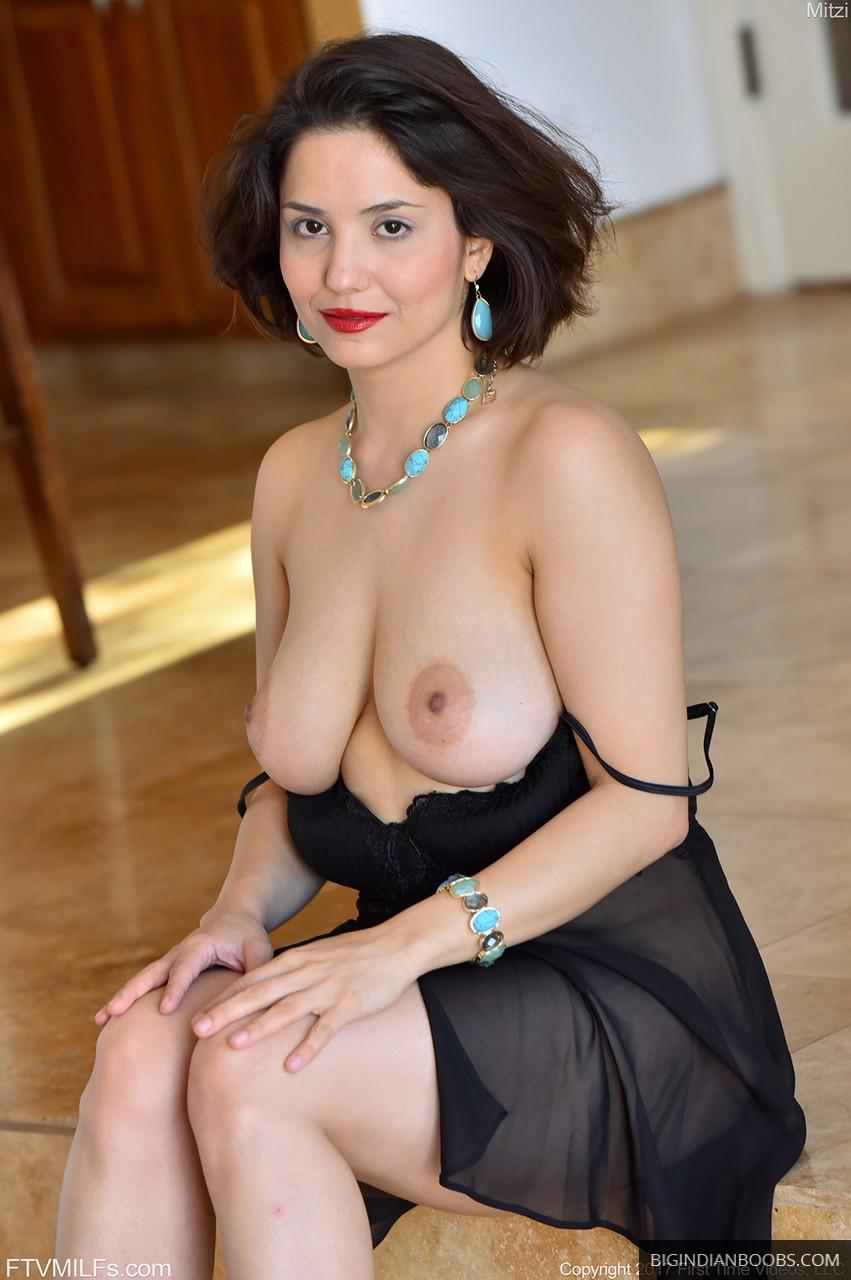 mature indian nri wife naked