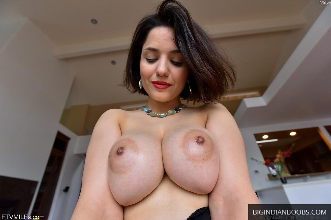 sexy nri wife nice boobs