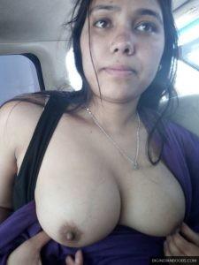 newly-married-Muslim-wife-boobs-pics
